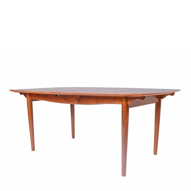 Scandinavian Modern Dining Table Design by Finn Juhl Mfg. Baker Model #560 For Sale