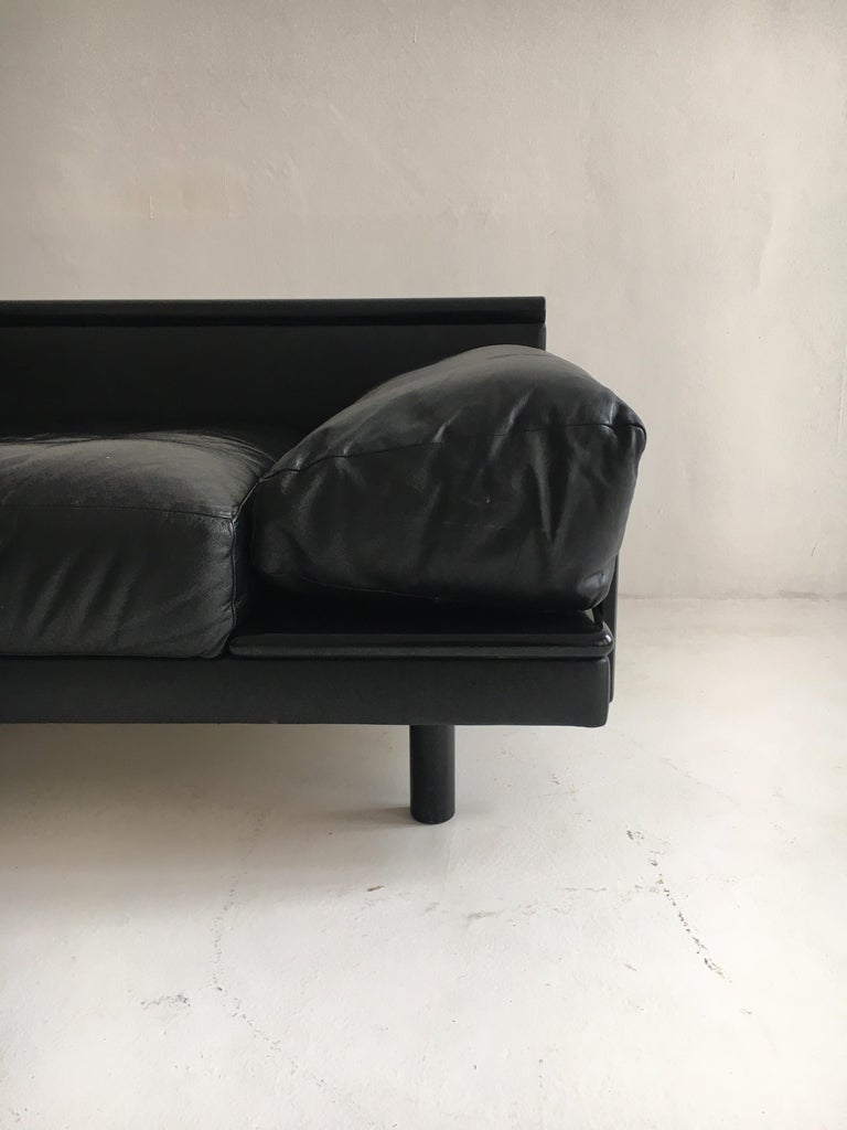 Dino Gavina Sofa Suite Black Leather Sectional, Living Room Suite, Italy, 1960 In Good Condition For Sale In Vienna, AT