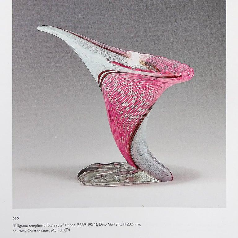 Dino Martens Aureliano Toso Murano Gold Flecks Italian Art Glass Flower Vase For Sale 4