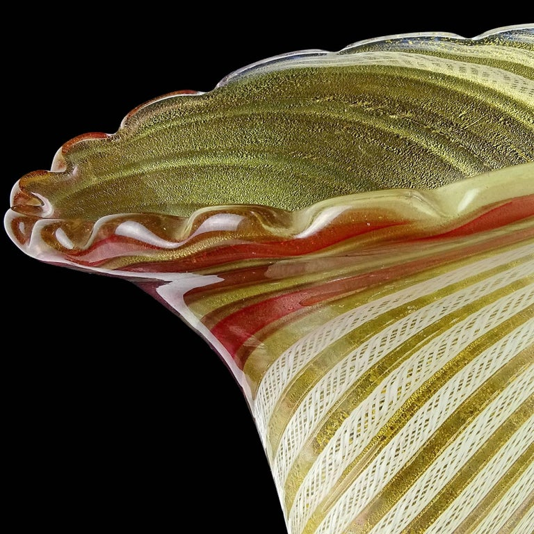 Dino Martens Aureliano Toso Murano Gold Flecks Italian Art Glass Flower Vase For Sale 3