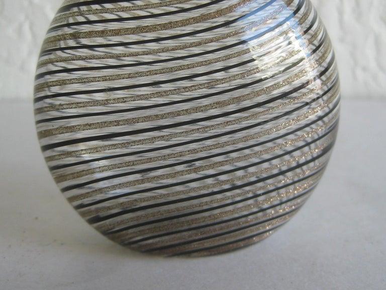 Dino Martens Mezza Filigrana Gold and Black Canes Murano Art Glass Vase, Italy For Sale 3