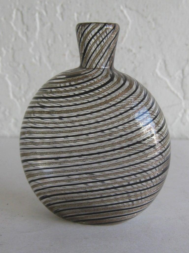 Dino Martens Mezza Filigrana Gold and Black Canes Murano Art Glass Vase, Italy For Sale 5