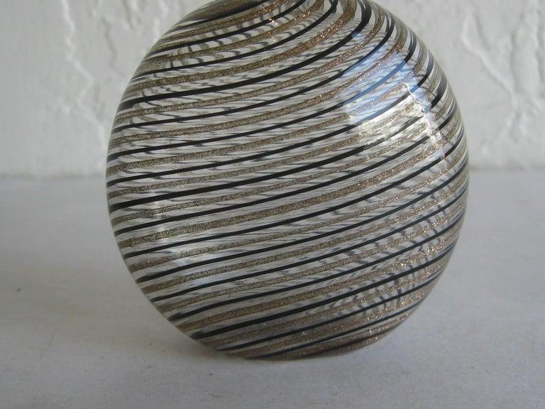 Dino Martens Mezza Filigrana Gold and Black Canes Murano Art Glass Vase, Italy In Excellent Condition For Sale In San Diego, CA