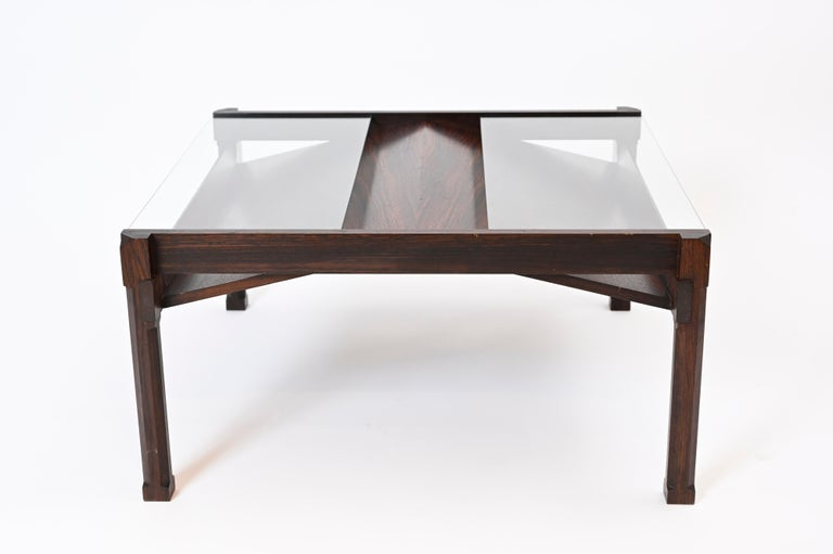 Mid-20th Century 'Dione' Rosewood Coffee Table and Magazine Rack by Ico Parisi for Stildomus For Sale