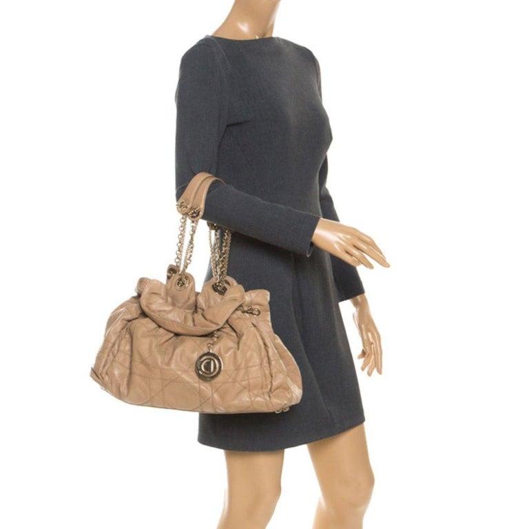 Dior Beige Cannage Leather Le Trente Tote In Good Condition For Sale In Dubai, Al Qouz 2