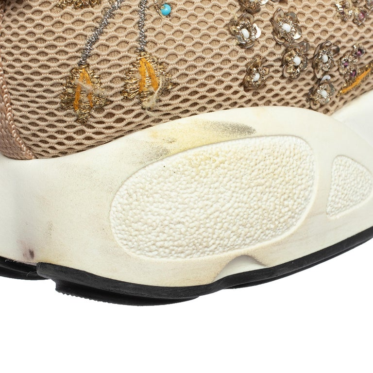 Dior Beige Mesh Fusion Floral Embellished And Embroidered Sneakers Size 38.5 For Sale 3