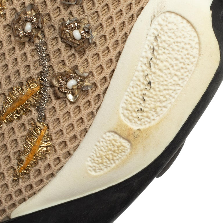 Dior Beige Mesh Fusion Floral Embellished And Embroidered Sneakers Size 38.5 For Sale 4