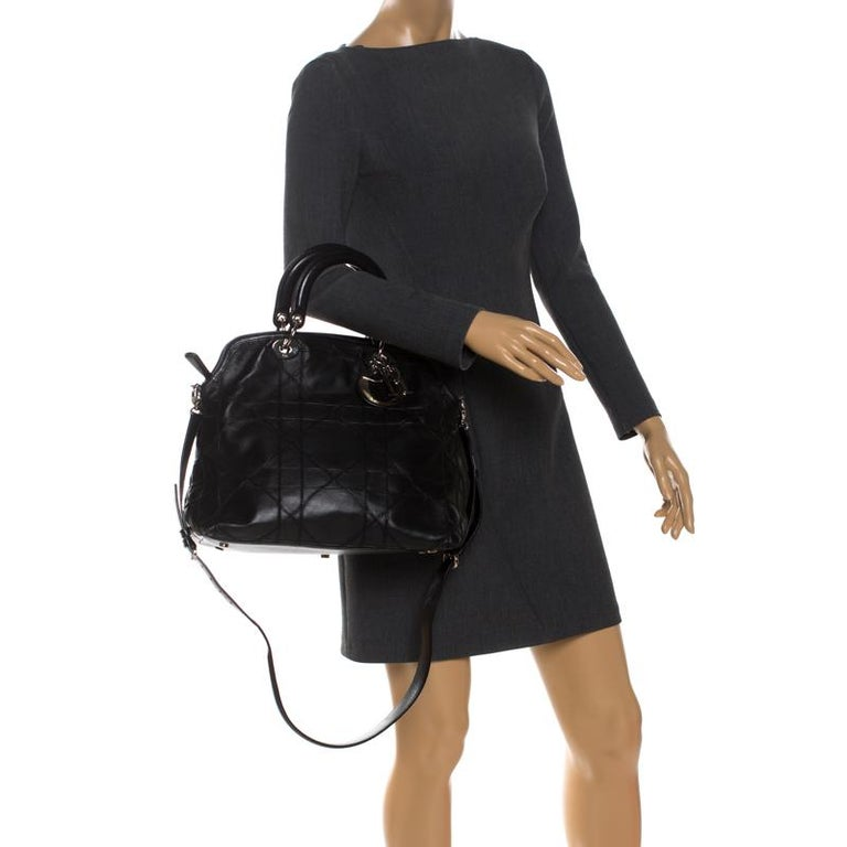 Dior Black Cannage Quilted Leather Granville Tote In Good Condition For Sale In Dubai, Al Qouz 2