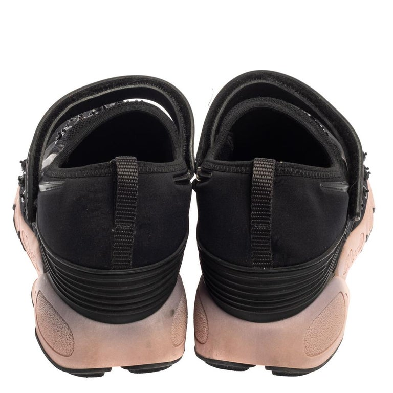 Dior Black Fabric And Mesh Neoprene Fusion Embellished Low Top Sneakers Size 40 In Good Condition For Sale In Dubai, Al Qouz 2