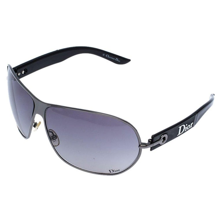 Dior Black Gradient Logo 2 Sunglasses In Good Condition For Sale In Dubai, Al Qouz 2