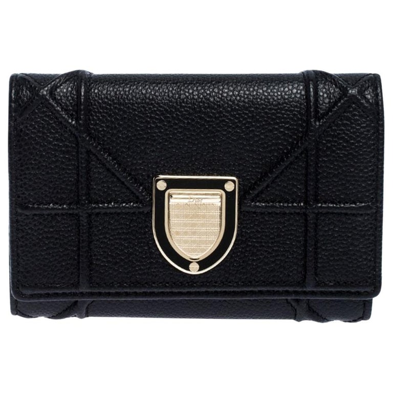 Dior Black Leather Diorama Trifold Wallet For Sale