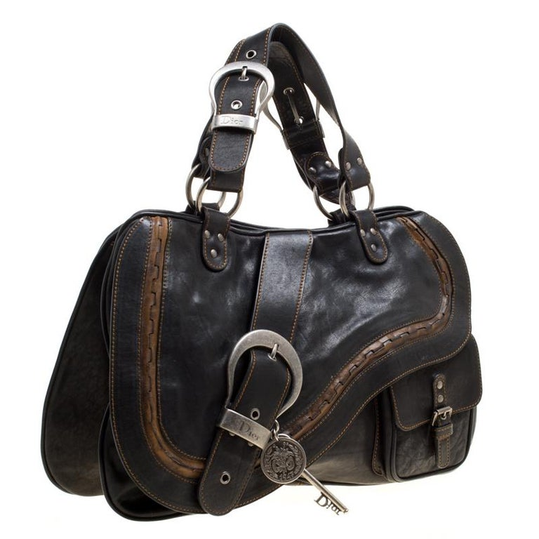 Dior Black Leather Gaucho Shoulder Bag In Good Condition For Sale In Dubai, AE