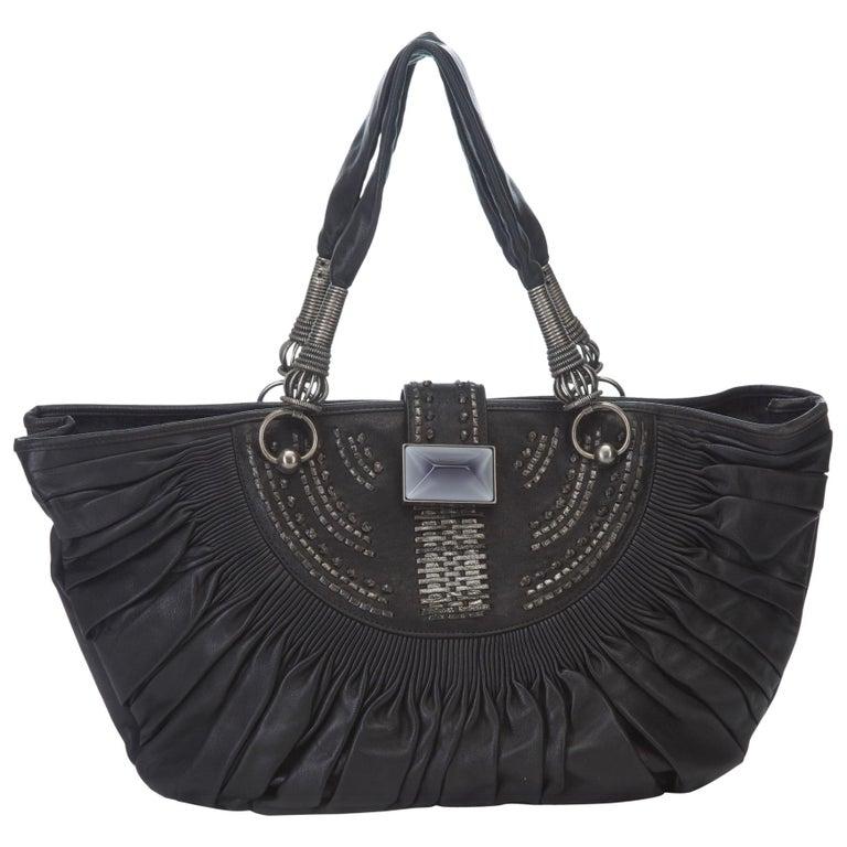6f998d00efbb7 Dior Tasche aus Schwarzem Leder im Angebot bei 1stdibs