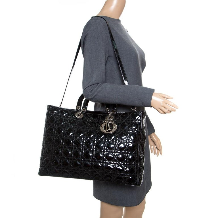 Dior Black Patent Leather Extra Large Lady Dior Top Handle Bag In Good Condition For Sale In Dubai, Al Qouz 2