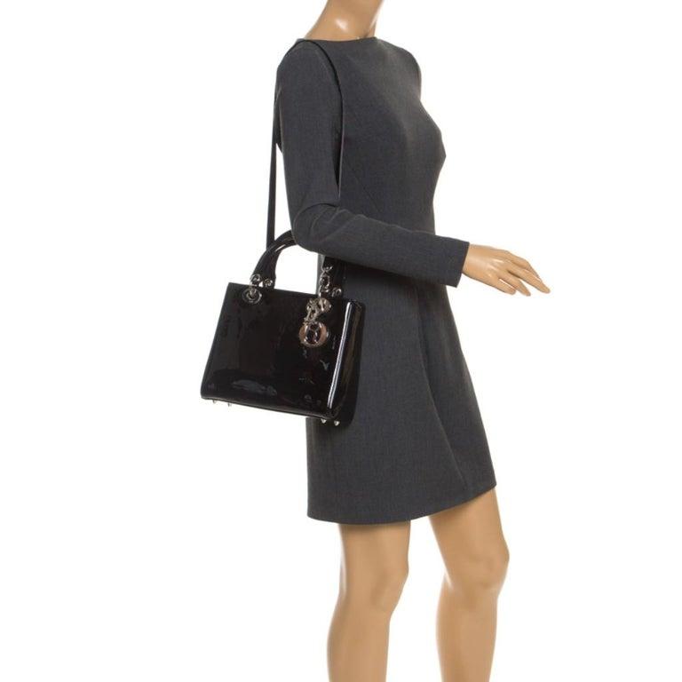 Dior Black Patent Leather Medium Lady Dior Tote In Good Condition For Sale In Dubai, Al Qouz 2