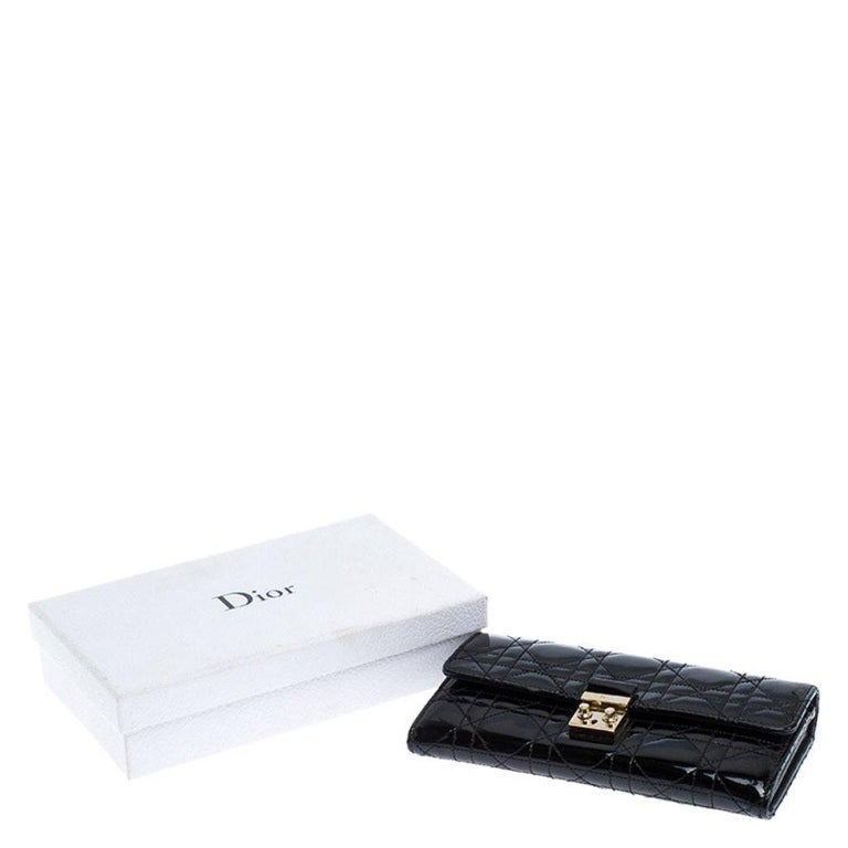 Dior Black Quilted Cannage Patent Leather New Lock Wallet For Sale 6