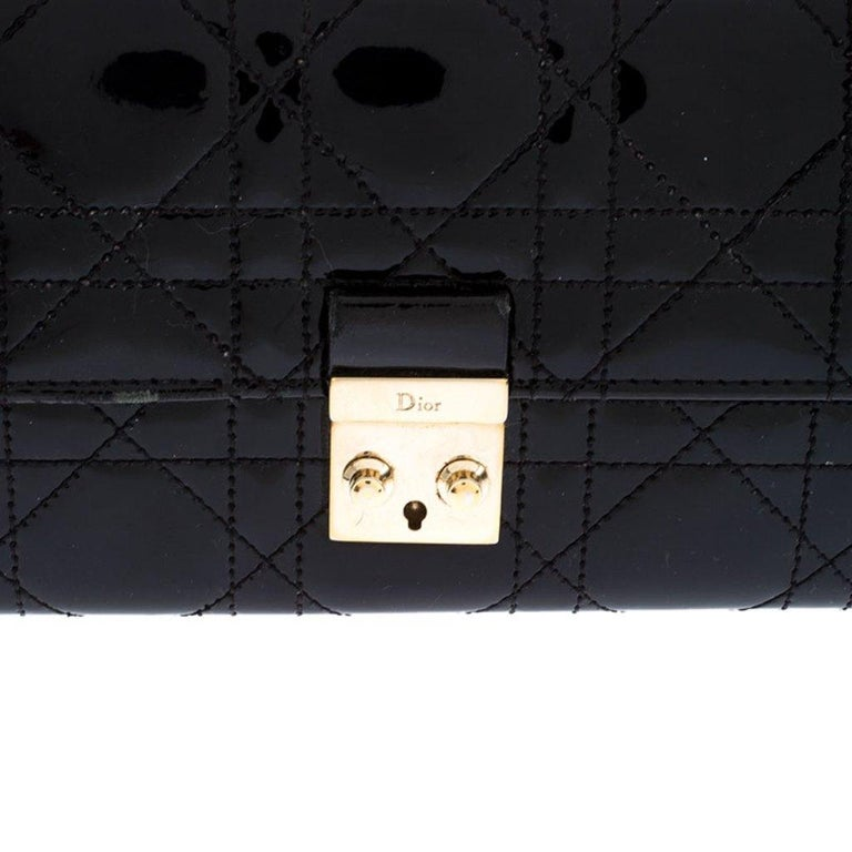 Dior Black Quilted Cannage Patent Leather New Lock Wallet For Sale 3