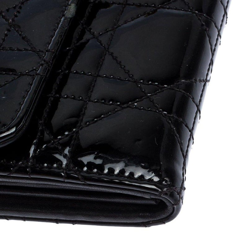 Dior Black Quilted Cannage Patent Leather New Lock Wallet For Sale 4
