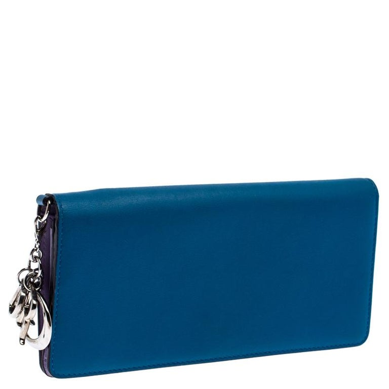 Dior Blue Leather Voyager Bifold Continental Wallet For Sale 6