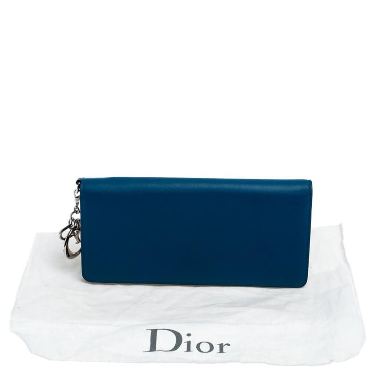 Dior Blue Leather Voyager Bifold Continental Wallet For Sale 7