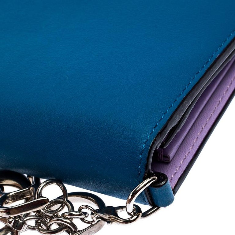 Dior Blue Leather Voyager Bifold Continental Wallet In Good Condition For Sale In Dubai, Al Qouz 2