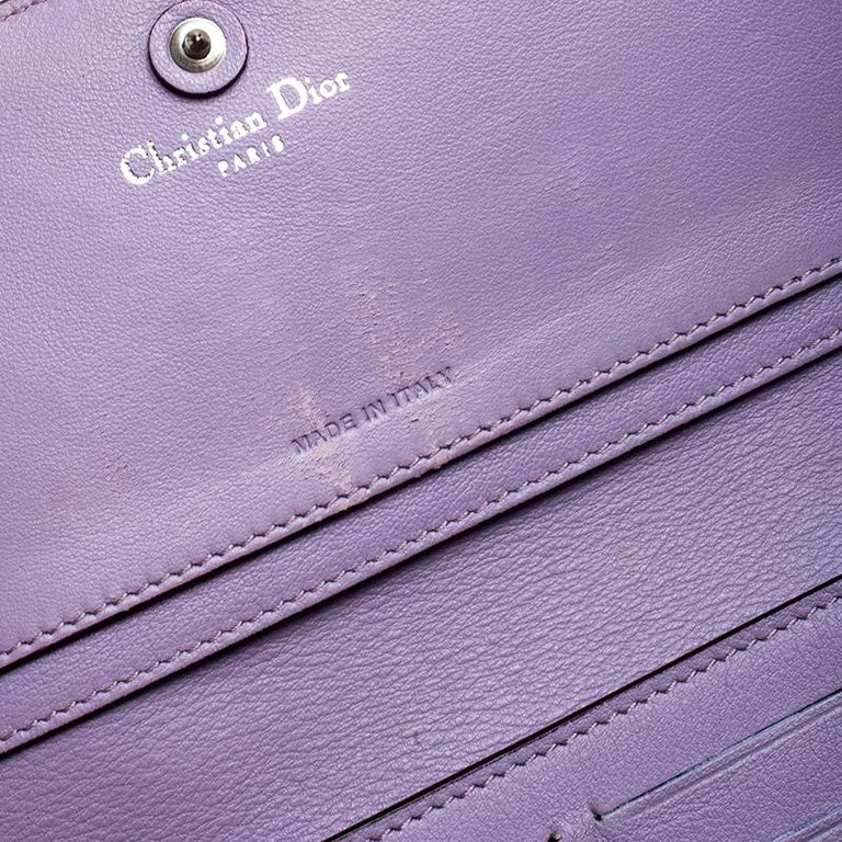 Dior Blue Leather Voyager Bifold Continental Wallet For Sale 2