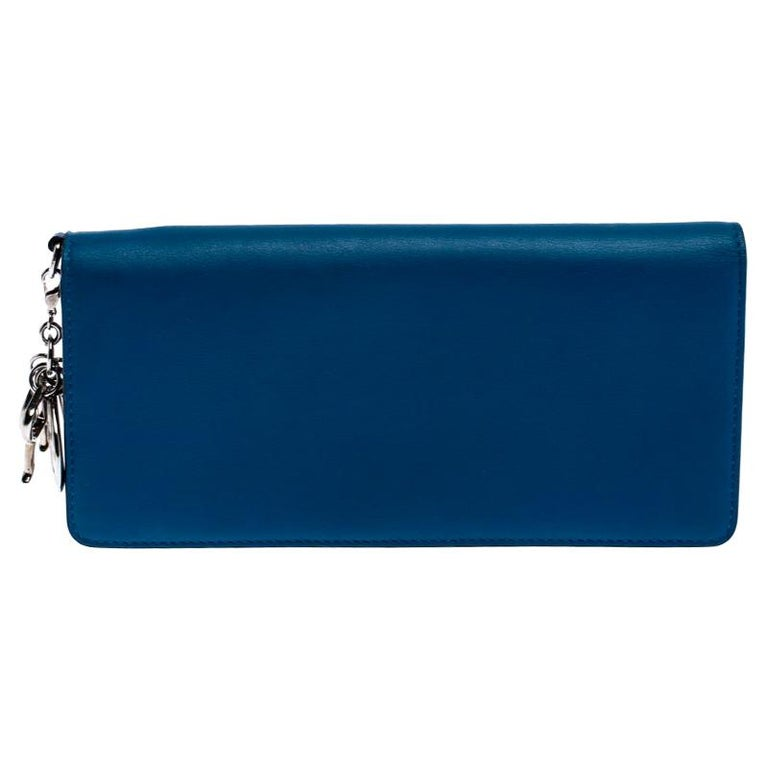 Dior Blue Leather Voyager Bifold Continental Wallet For Sale