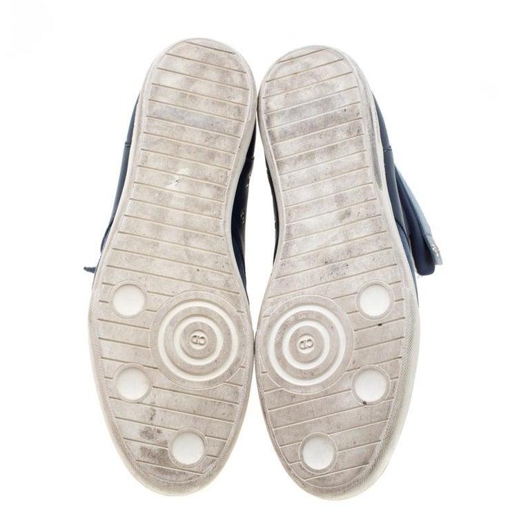 Dior Blue/White Leather High Top Sneaker Size 41 In Good Condition For Sale In Dubai, Al Qouz 2