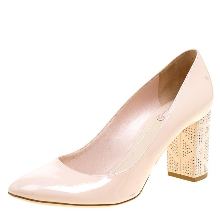 3681d6886e8 Dior Blush Pink Patent Leather and Suede Block Heel Pumps Size 39.5 For Sale