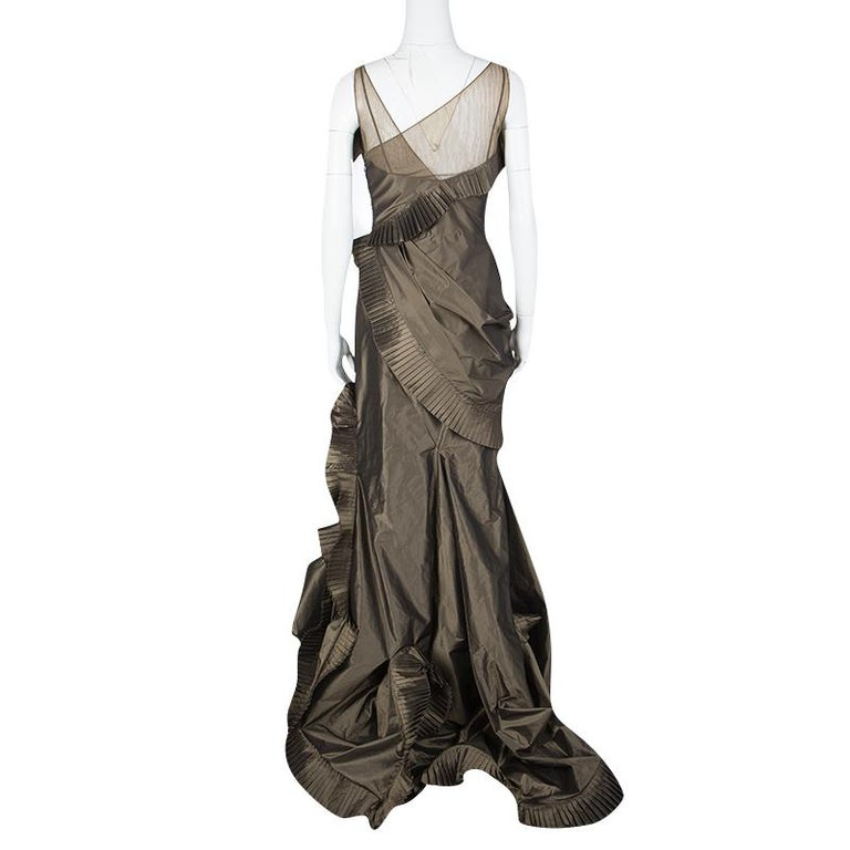 Dior Boutique Brown Pleated Ruffle Detail Sleeveless Tiered Evening Gown S In Good Condition For Sale In Dubai, Al Qouz 2