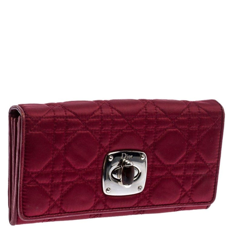 Dior Burgundy Quilted Cannage Satin Charming Lock Continental Wallet In Good Condition For Sale In Dubai, Al Qouz 2