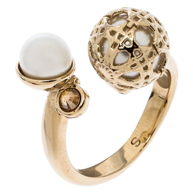 Contemporary Dior Cannage Faux Pearl Crystal Gold Tone Open Ring Size 51 For Sale