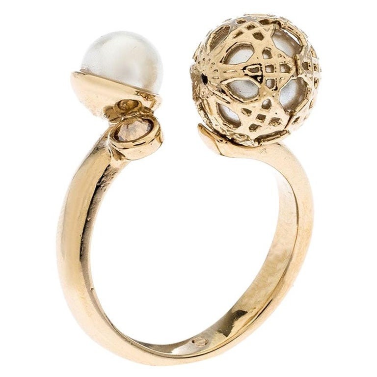 Dior Cannage Faux Pearl Crystal Gold Tone Open Ring Size 51 For Sale