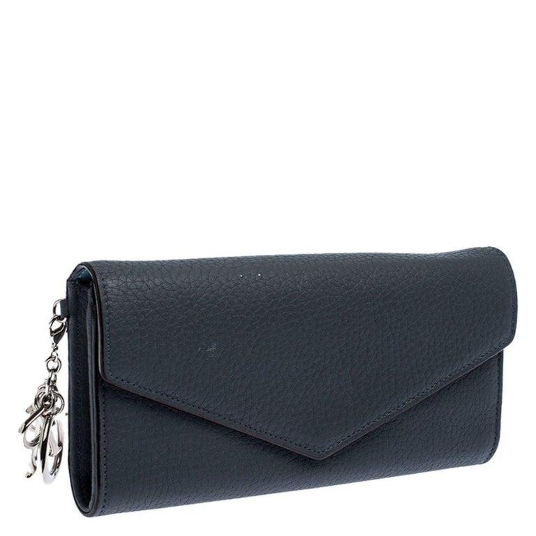 Dior Grey Leather Diorissimo Continental Wallet In Good Condition For Sale In Dubai, Al Qouz 2