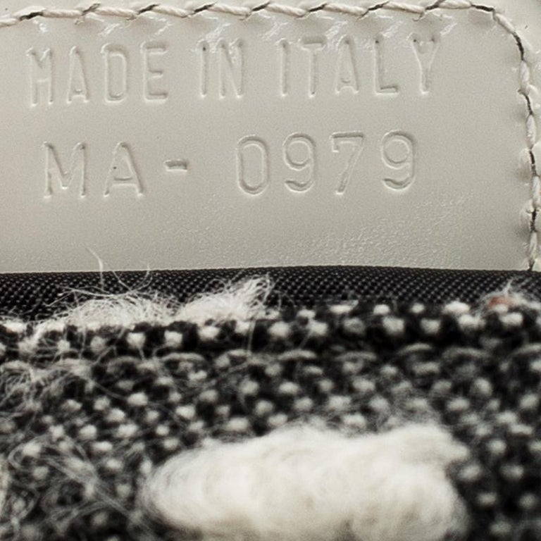 Dior Grey Tweed Limited Edition Beaded Malice Shoulder Bag For Sale 7