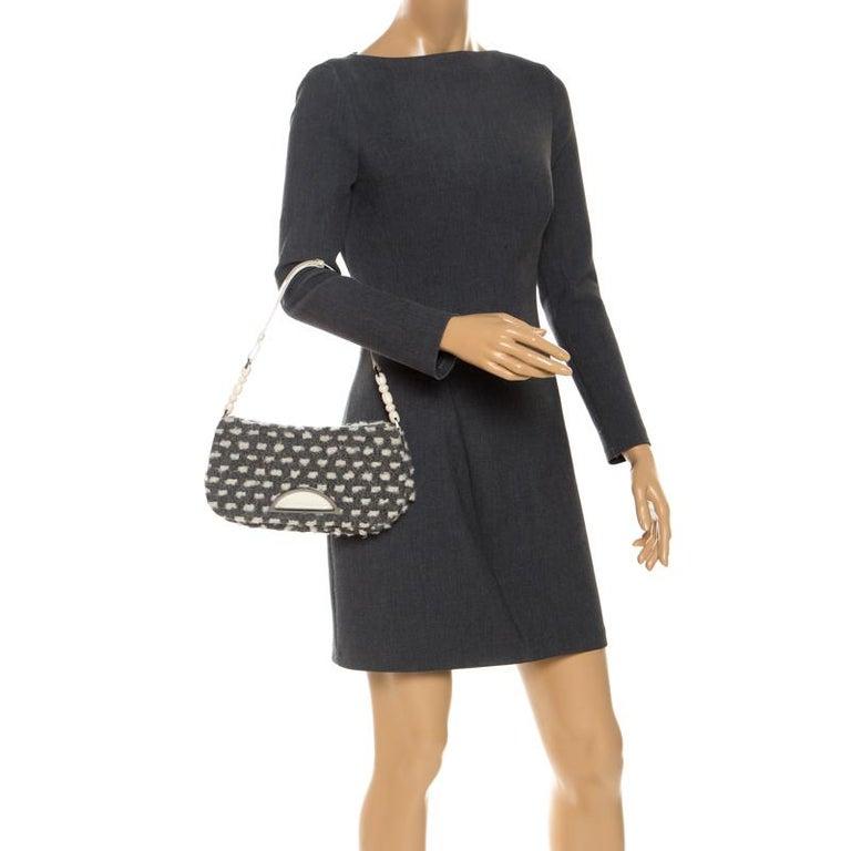 Dior Grey Tweed Limited Edition Beaded Malice Shoulder Bag In Good Condition For Sale In Dubai, Al Qouz 2