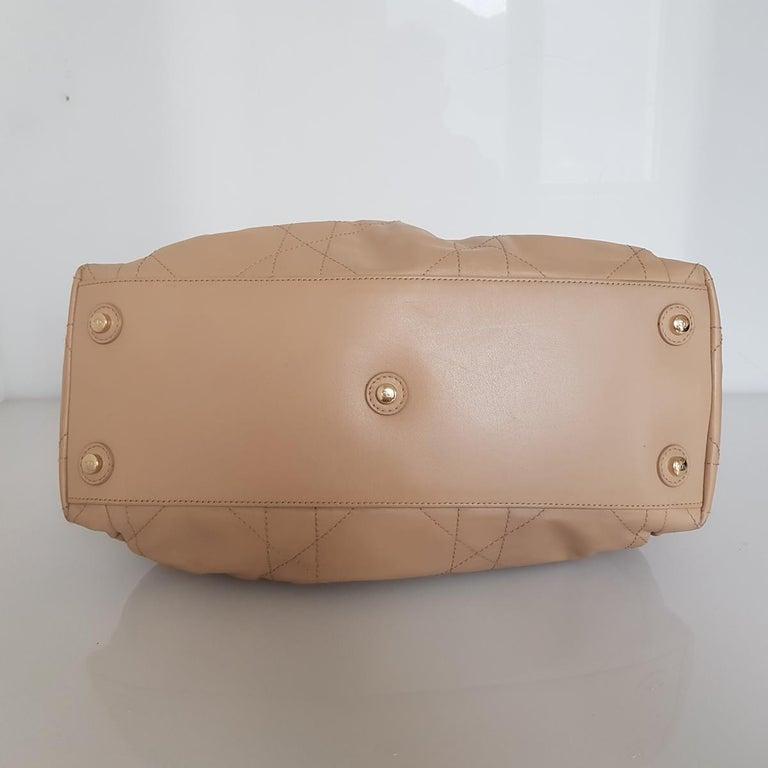 Dior Leather Handbag In Good Condition For Sale In Gazzaniga (BG), IT
