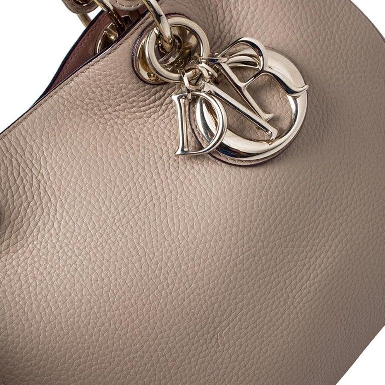 Dior Light Beige Leather Medium Diorissimo Tote For Sale 5