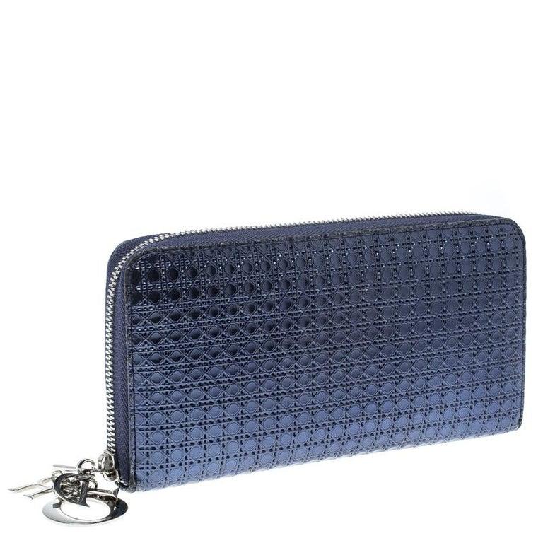fc1c933f5ee50 Dior Metallische Blauer Lackleder Damen Geldbeutel mit Reißverschluss 10