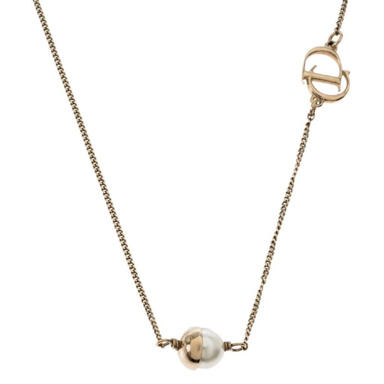 Contemporary Dior Mise en Dior Faux Pearl Gold Tone Necklace For Sale