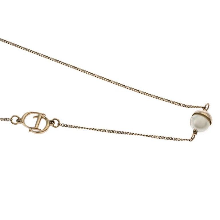 Dior Mise en Dior Faux Pearl Gold Tone Necklace In Excellent Condition For Sale In Dubai, Al Qouz 2