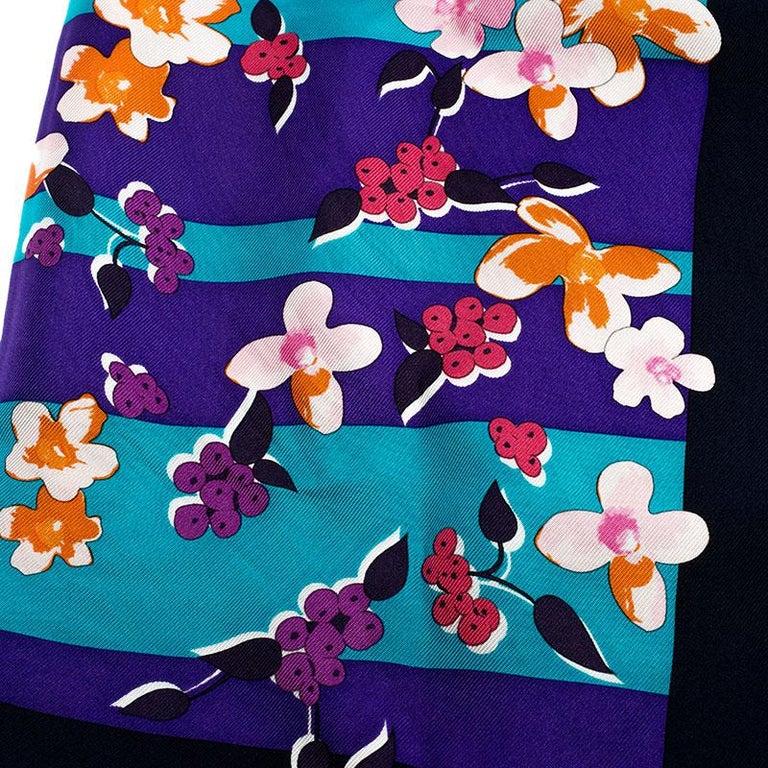 Women's Dior Multicolor Printed Silk Square Scarf For Sale