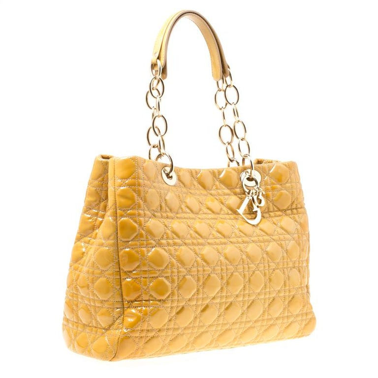 Dior Mustard Cannage Patent Leather Large Shopping Tote For Sale 5
