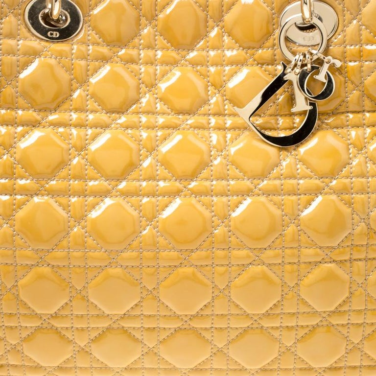Dior Mustard Cannage Patent Leather Large Shopping Tote For Sale 6