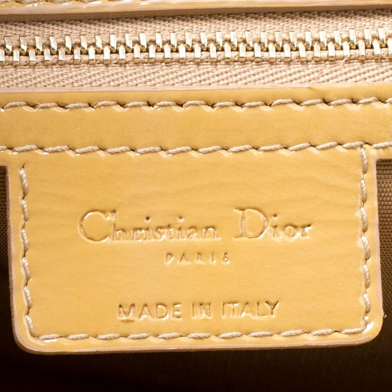 Women's Dior Mustard Cannage Patent Leather Large Shopping Tote For Sale