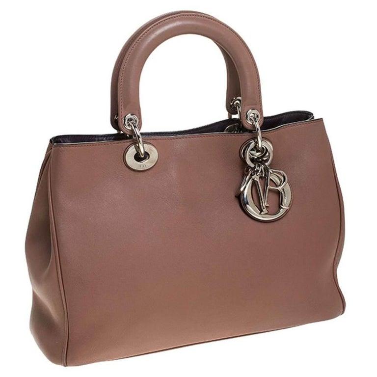 Women's Dior Old Rose Leather Medium Diorissimo Shopper Tote For Sale