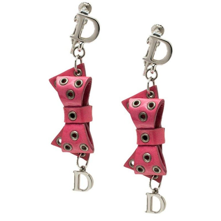 Contemporary Dior Pink Bow Patent Leather Drop Earrings For Sale