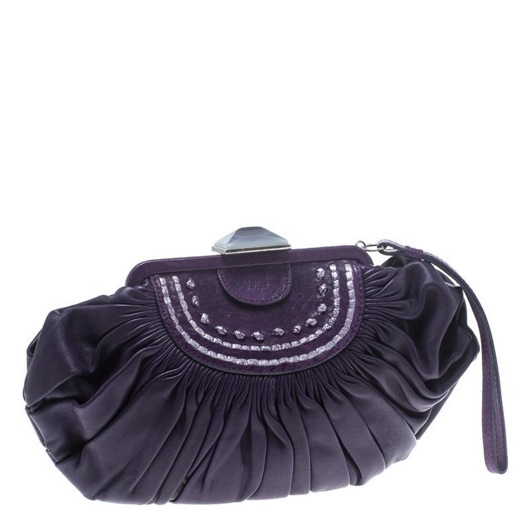 Dior Purple Pleated Leather Frame Clutch In Good Condition For Sale In Dubai, Al Qouz 2