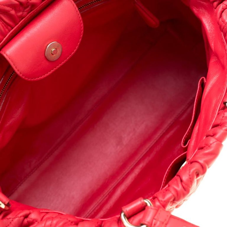 Dior Red Cannage Leather Delices Gaufre Tote For Sale 7