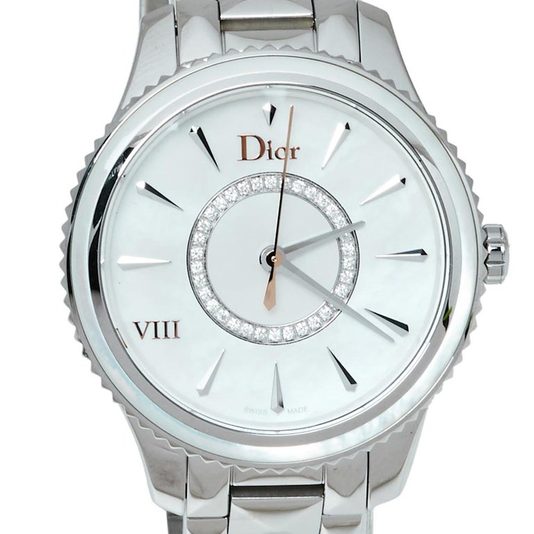 Uncut Dior Silver Mother of Pearl Stainless Steel CD152110 Women's Wristwatch 32MM For Sale